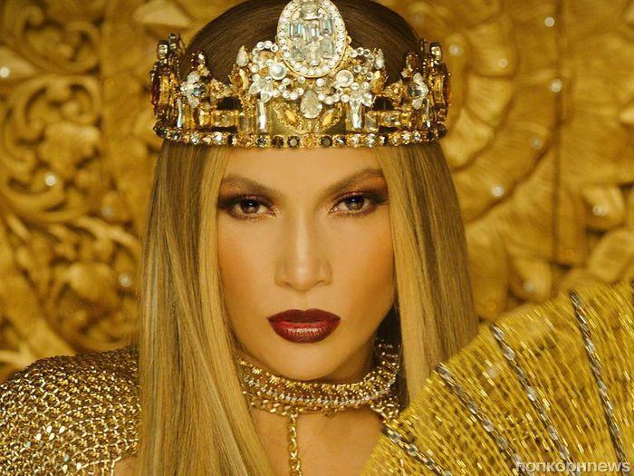 Дженнифер Лопес представила музыкальное видео на песню El Anillo