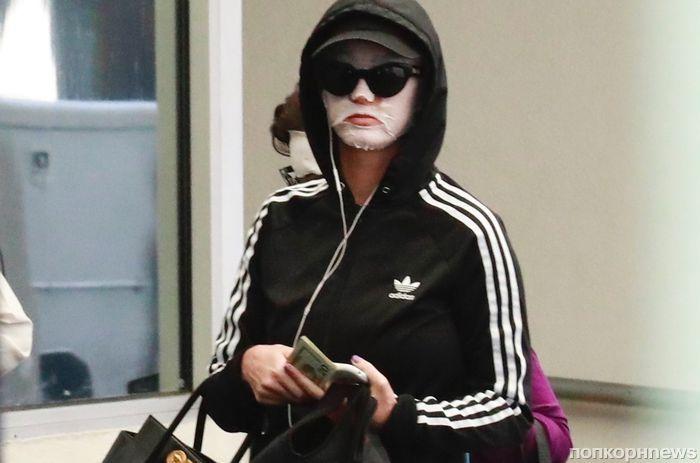 Папарацци «подловили» Кэти Перри в Лос-Анджелесе в косметической маске и спортивном костюме