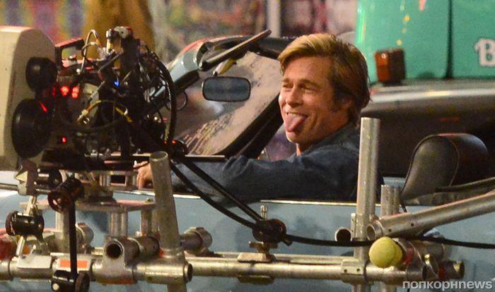 Новые фото: Брэд Питт и Леонардо ДиКаприо на съемках «Однажды в Голливуде»