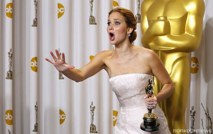 Падение Дженнифер Лоуренс, «конвертогейт», голый мужик на сцене и другие конфузы «Оскара»