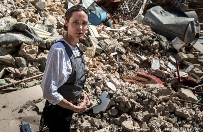 Фото: Анджелина Джоли посетила Ирак с миссией ООН