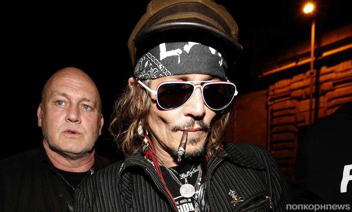 Изможденного до неузнаваемости Джонни Деппа сфотографировали на гастролях в Риме