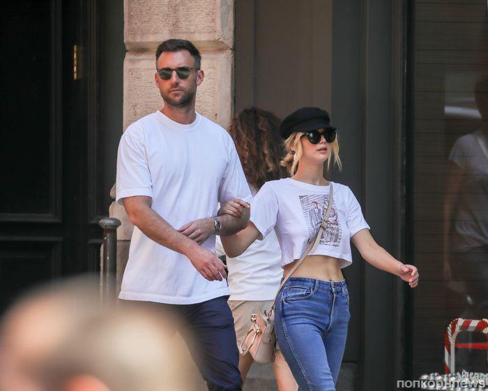 Фото: Дженнифер Лоуренс на прогулке с новым бойфрендом в Нью-Йорке