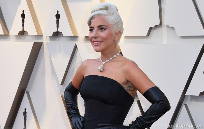 Леди Гага на красную дорожку «Оскара» вышла в ожерелье из «Завтрака у Тиффани» за 30 млн долларов