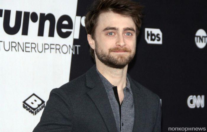Звезда «Гарри Поттера» Дэниел Рэдклифф коротает вечера за просмотром шоу «Холостяк»