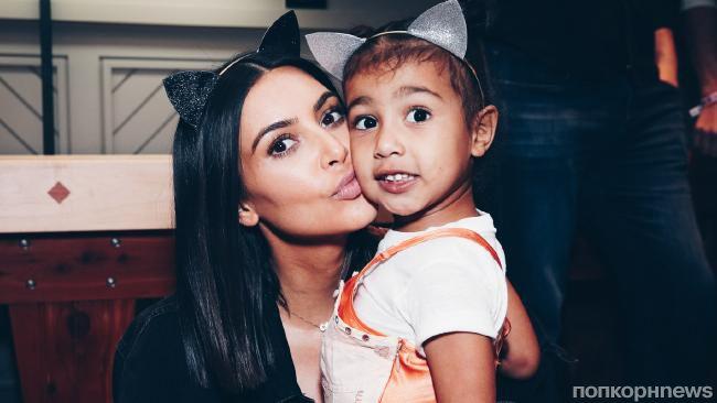 Семейство Кардашьян поздравило дочь Ким и Канье Уэста с 4-летием