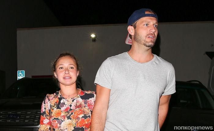 Новый бойфренд Хайден Панеттьери устроил пьяную драку с отцом у нее на глазах