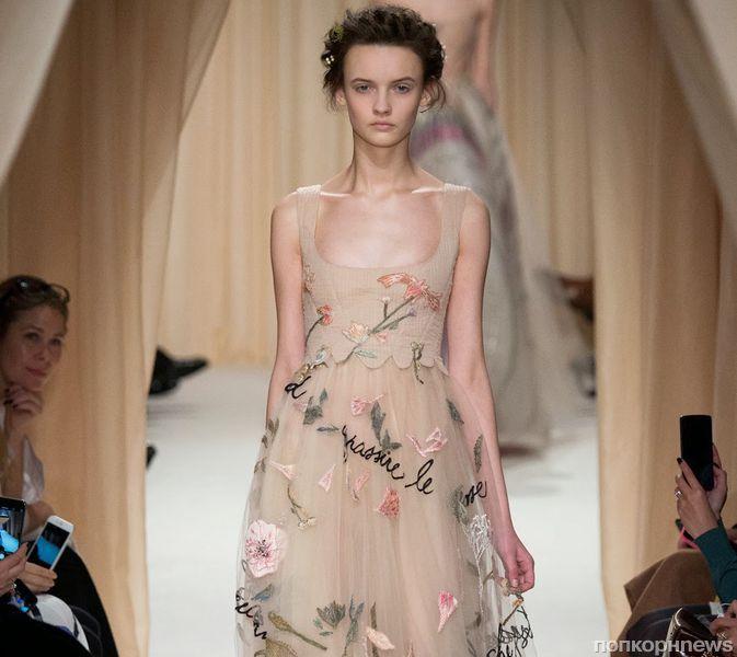 Модный показ новой коллекции Valentino Haute Couture. Весна / лето 2015