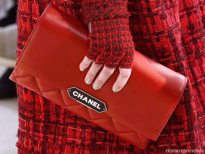 Крупным планом: самые модные сумки Недели моды в Париже осень-зима 2016/17
