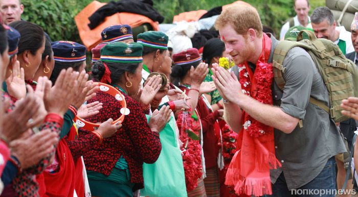 Принц Гарри на фестивале Holi в Непале