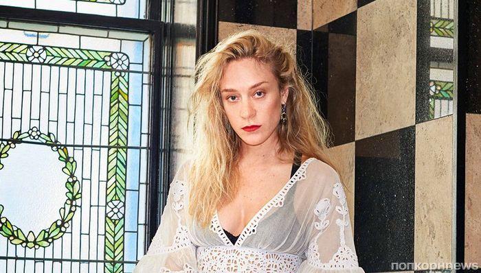 Хлоя Севиньи в фотосессии для Town & Country: «Меня не воспринимают как серьезную актрису»