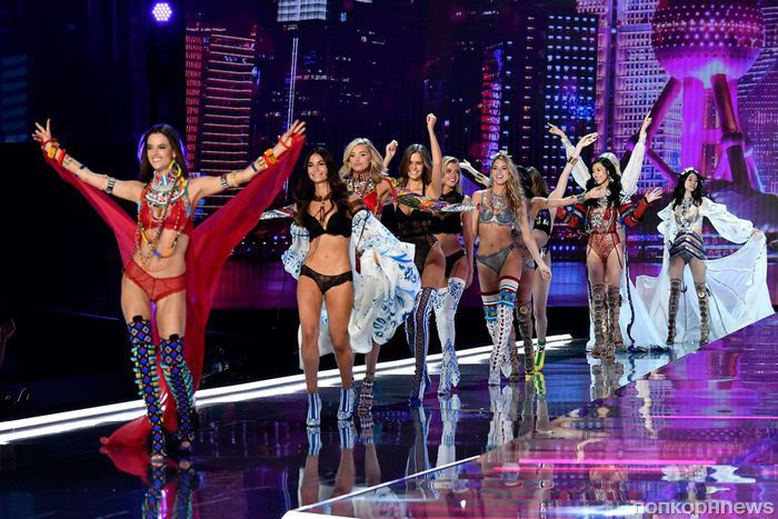 Фото: супермодели на показе Victoria's Secret в Шанхае