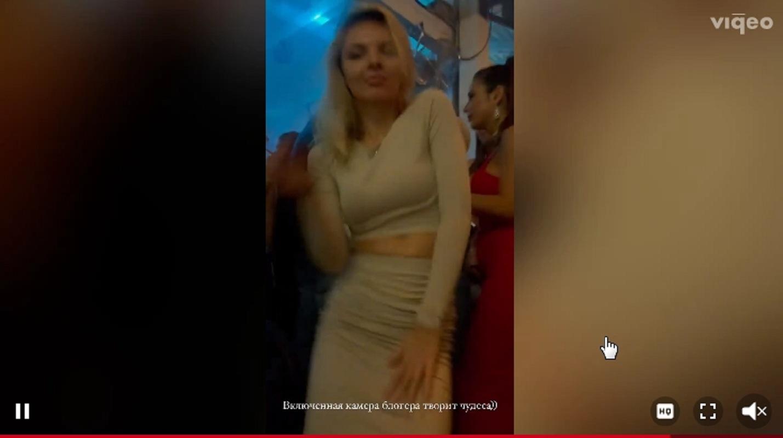 Шах и мат, Бородина: Курбана Омарова заметили с фигуристой блондинкой