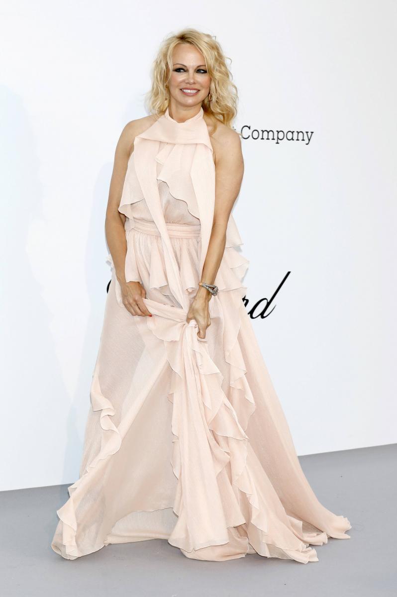 Памела Андерсон тайно вышла замуж за продюсера фильма «Звезда родилась»