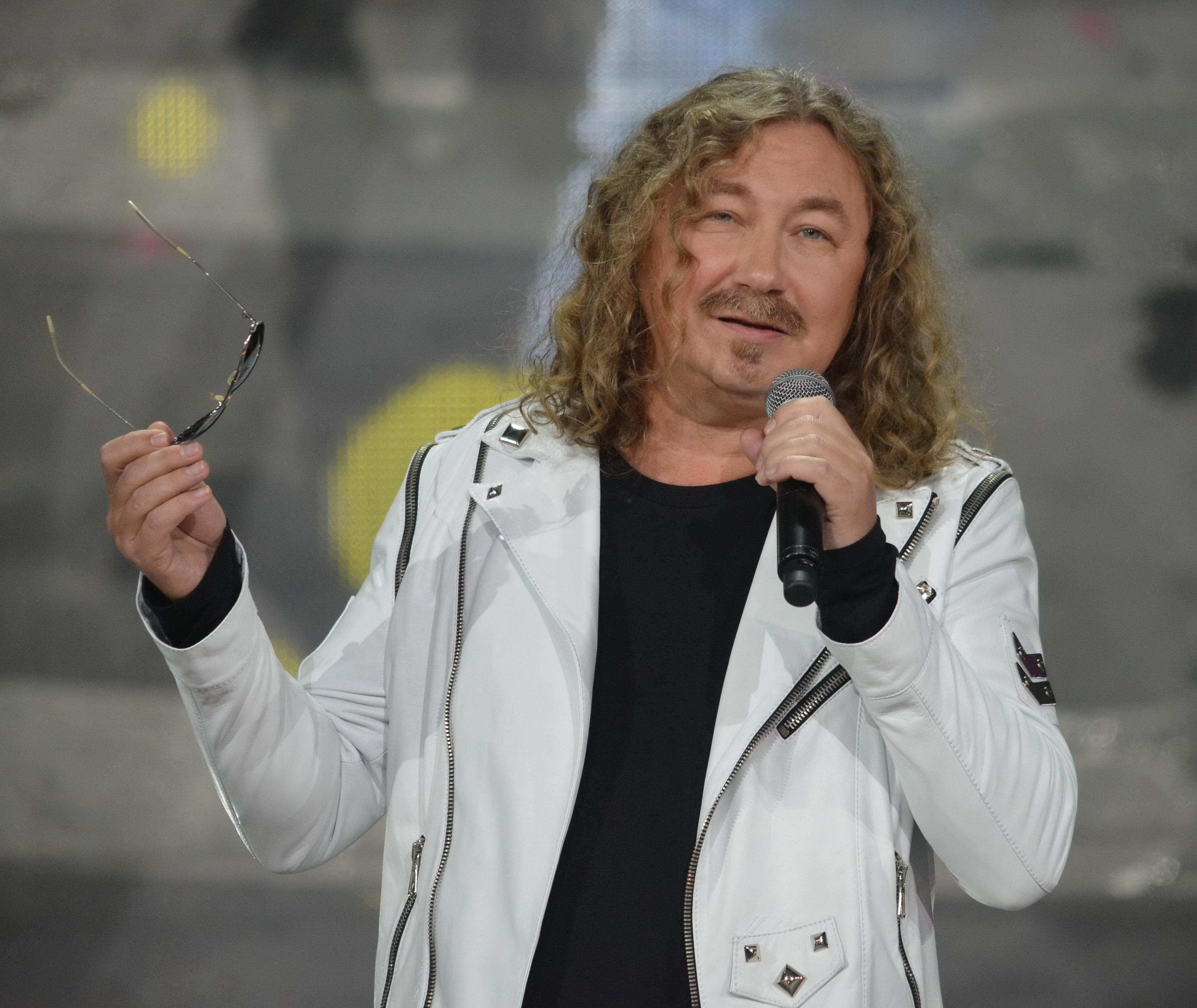 «Почтальон Печкин»: Николаев без волос удивил подписчиков