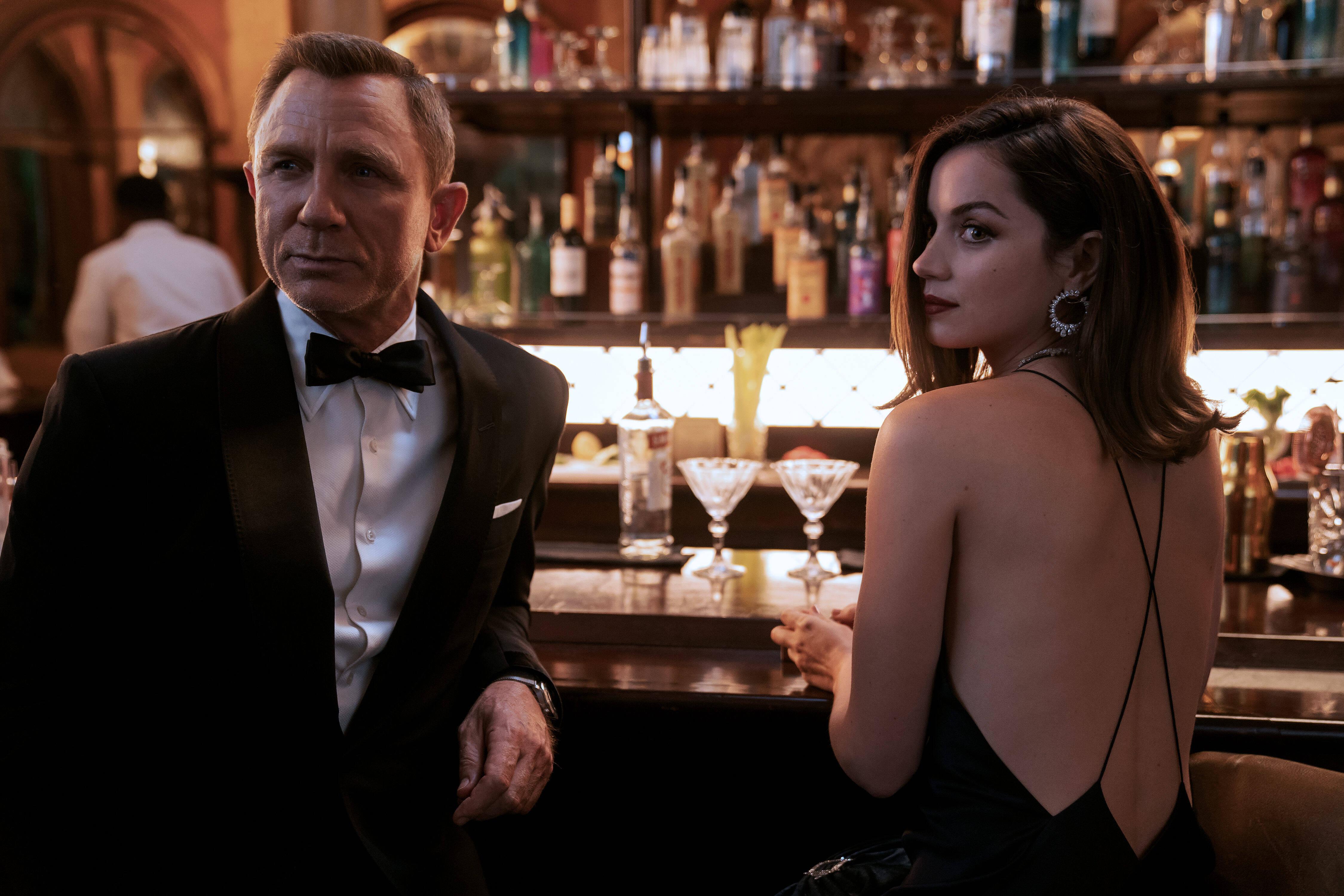 «Бесовское чувство юмора»: Крэйг против агента 007 в женском обличии