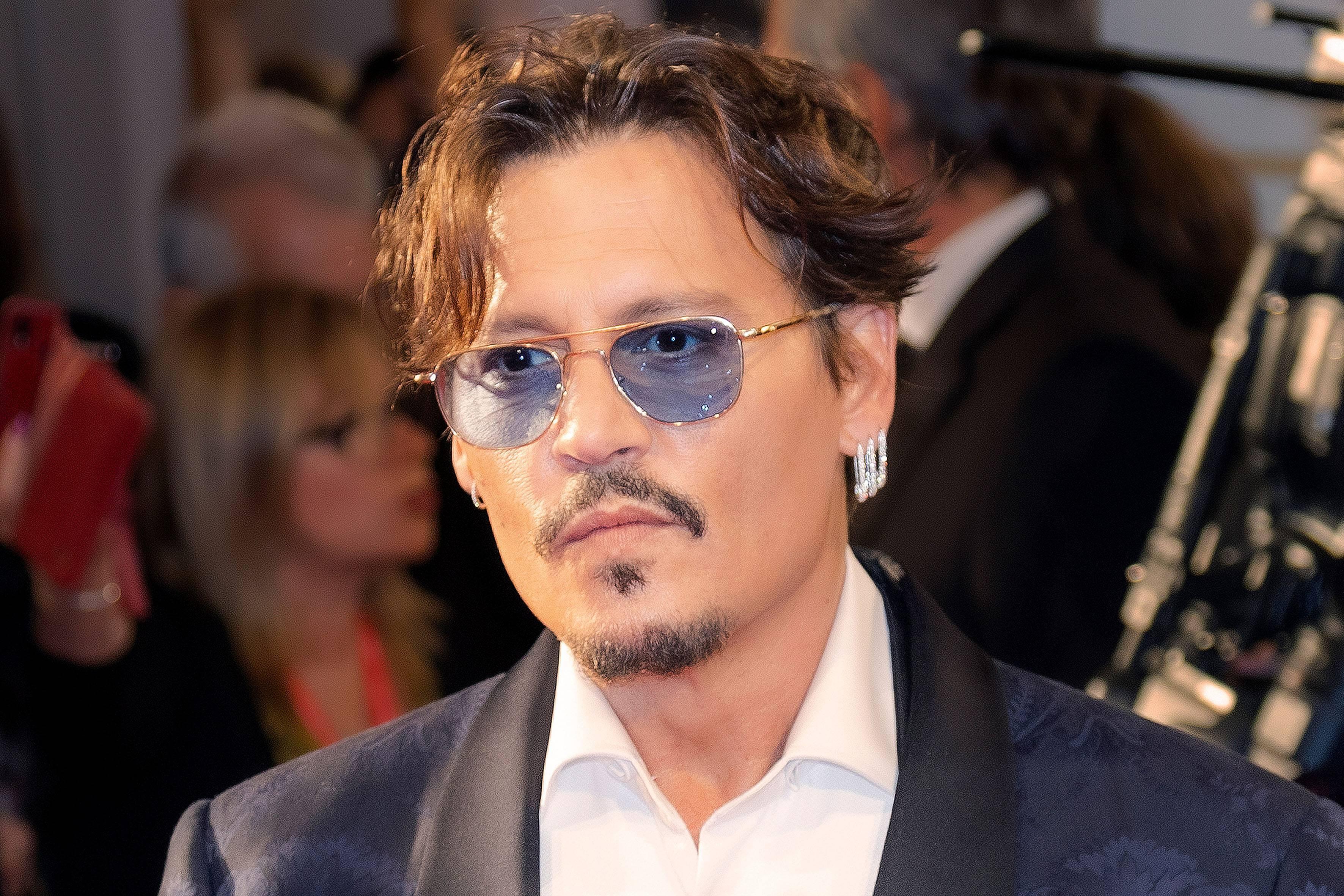 «Абсурд в медиа»: Голливуд жестко бойкотирует Джонни Деппа