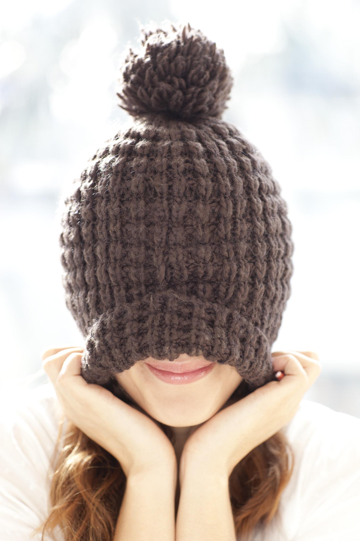 ТОП-6 шапок, не подходящих к пуховикам